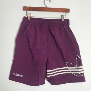 VTG Adidas Large trefoil GUC shorts